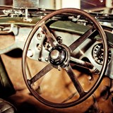 GB 800x800 Steering Wheel Colour.jpg